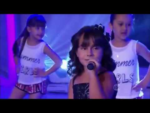 Sienna Belle cantando Roar- Katy Perry  no programa Raul Gil