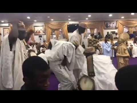 See what happens when presidential Aspirant Omoyele Sowore storms Ooni of Ife's Palace #3