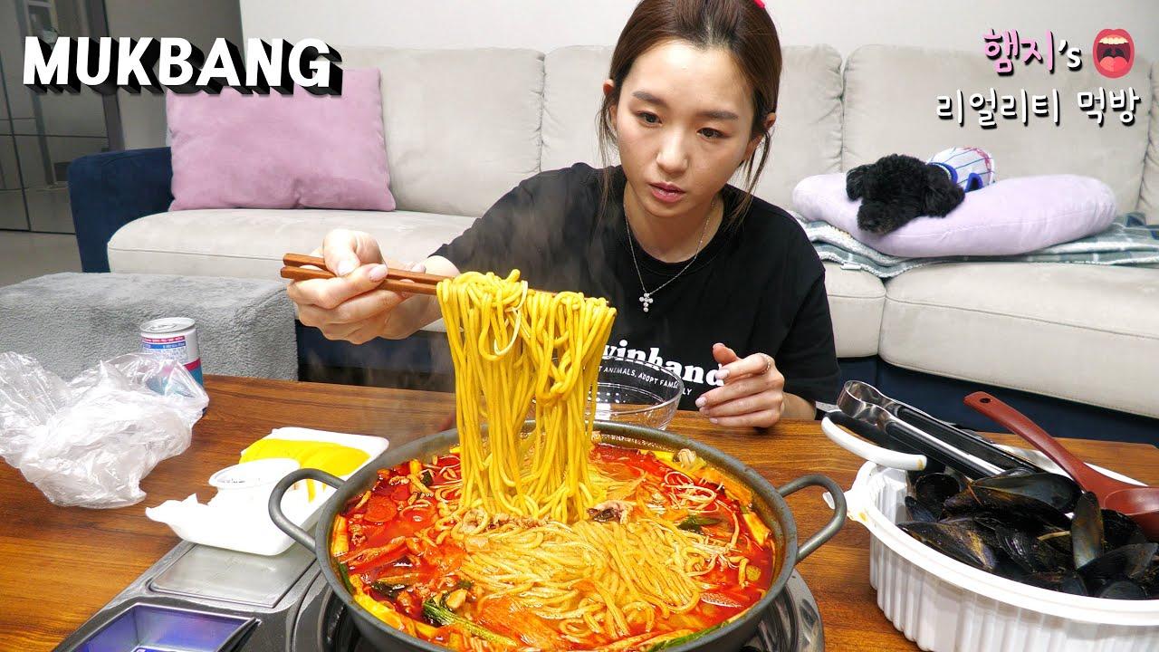 리얼먹방:) 해장엔 얼큰 짬뽕전골 ★ 뜨거움 주의😭 (ft.수박)ㅣSpicy jjambbong (ft.Watermelon)ㅣREAL SOUNDㅣASMR MUKBANGㅣ