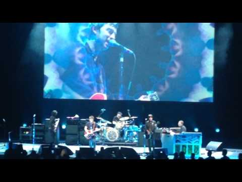 Noel Gallagher Live Toronto.  Don't Look Back In Anger