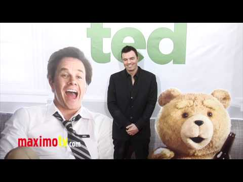 Seth MacFarlane at TED Premiere ARRIVALS - Maximo TV Red Carpet Video