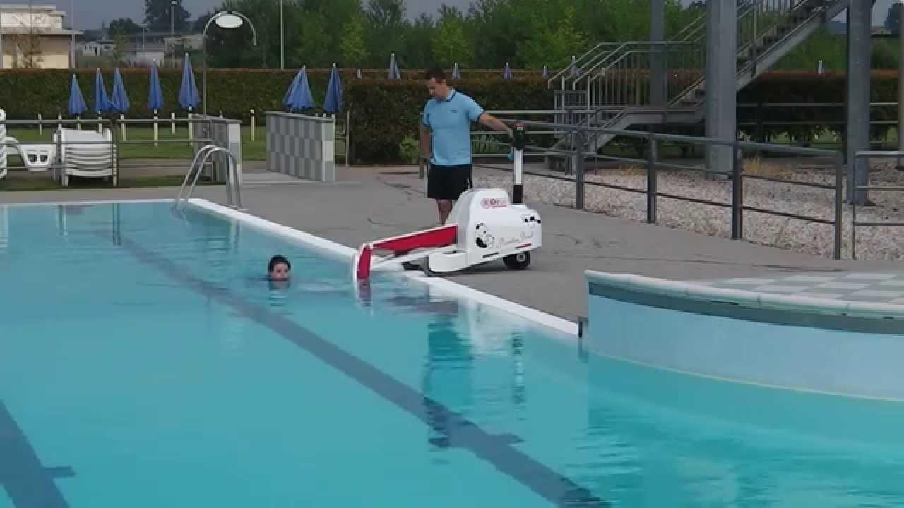 Panda Pool Portable Pool Hoist Video Youtube