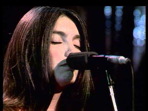 Emmylou Harris - Defying Gravity