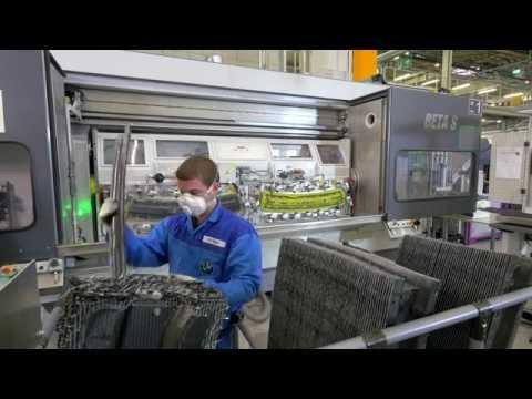 2016 BMW 7 Series carbon fiber (CFRP) production [2/3]