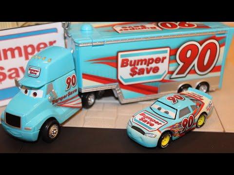 DISNEY PIXAR CARS 3 PONCHY WIPEOUT/'S  HAULER