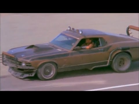 70 Mustang & hot babes in Stryker
