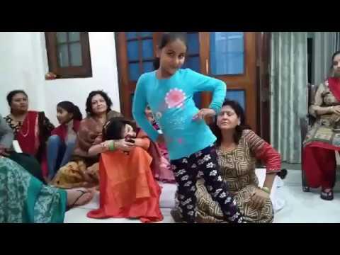 मेरी नींदे है फरार||Meri Neendein Hai Farar Small Girls Dance || Luv Letter Dance Performance