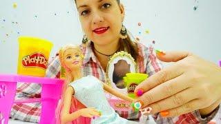Салон красоты с Барби: Маникюр из пластилина ПлейДО