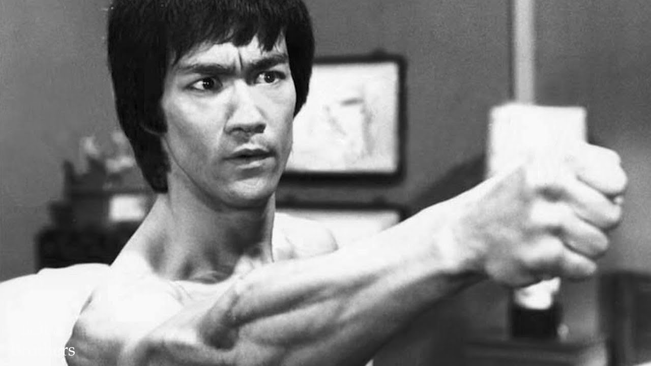 bruce lee speed training Here we look in-depth at some of bruce lee's training secrets: isometric training, speed training, the mind muscle connection and more these techniques go some way to explaining how he might have developed his.