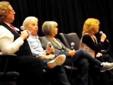 Chicago TARDIS 2014 : rude  disses Wendy Padbury's Zoe