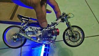 Pemasangan miniatur drag bike hand made