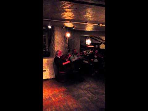 Traditional Norwegian Music and Dance at Kiegle Kroa