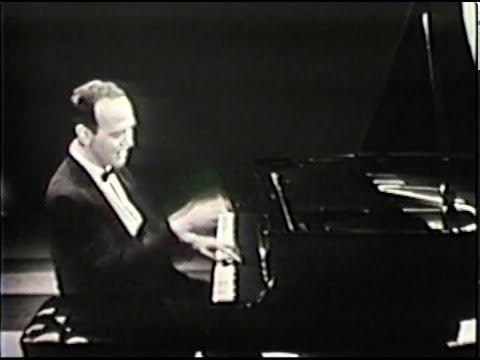 Roger Williams - I GOT RHYTHM on THE ED SULLIVAN SHOW 1958