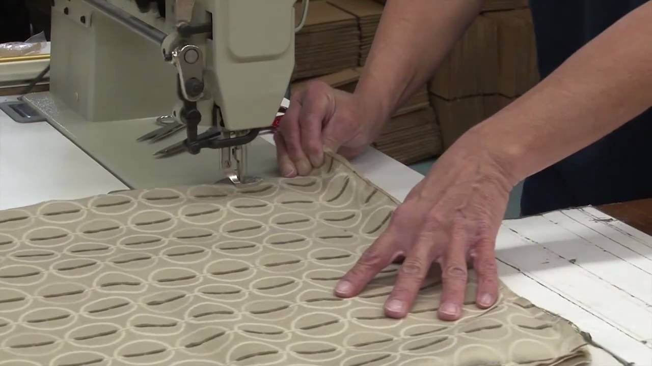 piping on throw pillows how to make throw pillows