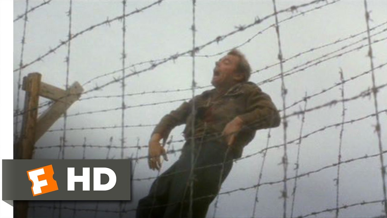 The Great Escape (8/11) Movie CLIP - Ives Crosses the Wire (1963) HD ...