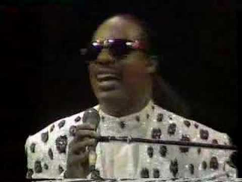 Stevie Wonder - Lately/My Cherie Amour - LIVE London Part  9