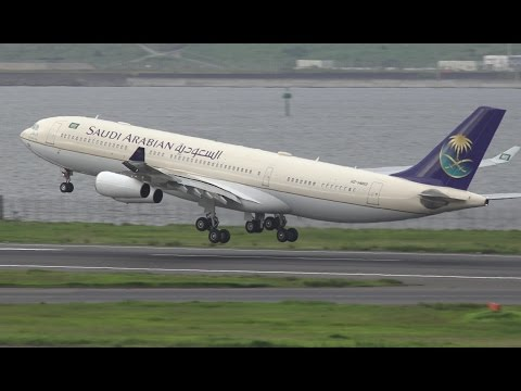 Saudi Arabian Government Airbus A340-200 HZ-HMS2 Takeoff from HND 34R