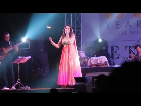 Shreya Ghoshal in 175 years celebration of Times of India Concert, Kolkata