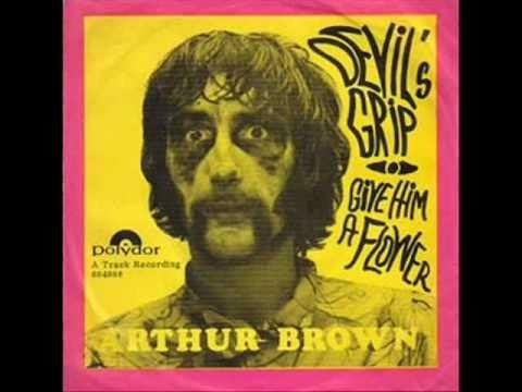 Arthur Brown ♪ Give him a flower (1967)