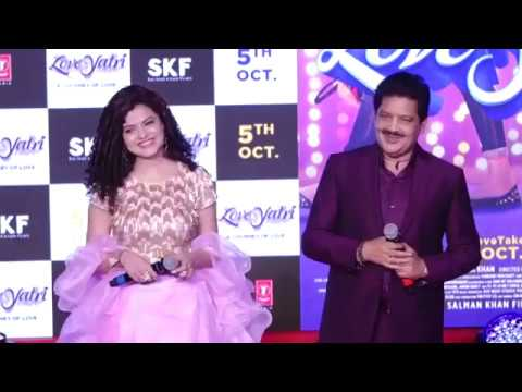 Udit Narayan Palak Mucchal Live Performance | Dholida | Loveratri Promotions | Interview | HD