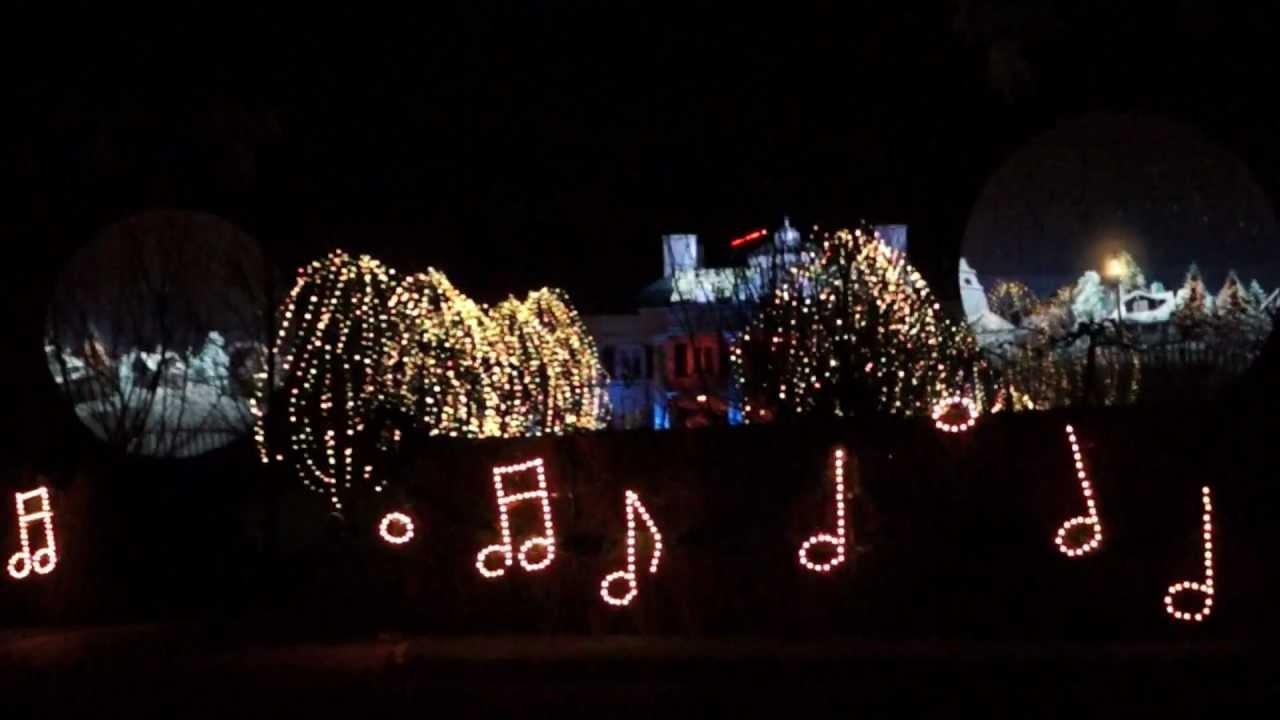 2012 Paul Tudors Christmas Light Show - YouTube