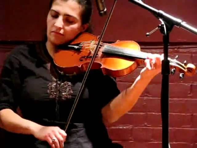 Sean Smyth's Set - Saskia Tomkins - fiddle