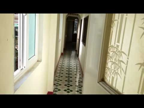 The absurdity of houses in Vietnam - Brad & Thanh Lai Huế City - Day 1
