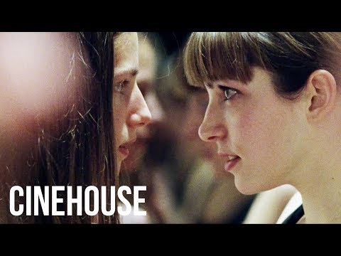 I'll show you how to kiss a man | Award-winning film | The Solitude of Prime Numbers