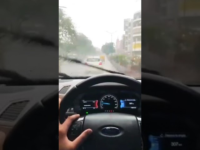 Aaye Ho Meri Zindgi Me Tum Bahar Ban K 😍 Ford Endevor Rainy Driving Status 😎 Strong Attitude 😚