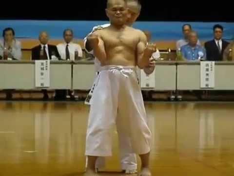 Shime Sanchin kata  Goju Ryu