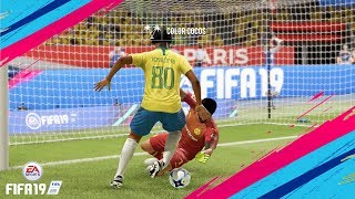 FIFA 19 | RONALDINHO ►Goals & Skills