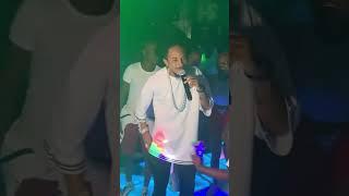 ROBINHO MUNDIBU CHANTE EXTRA MUSICA ROGA ROGA