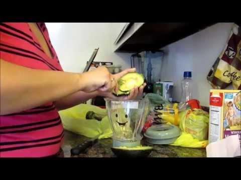 VEDA Day 5 Homemade Avocado Baby Food || Using The Baby Bullet (Bonus Baby Taste Test)