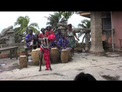 EXA Ghana Journey 2014 Workshop Day 2: Traditional Ghanaian Dance