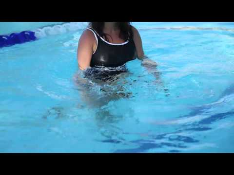 How to Do a Water Zumba Workout