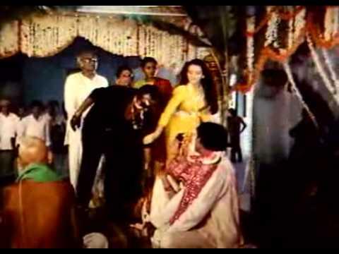 Rajinikanth Cigarette Style from Mappillai Movie