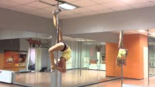 Видео урок по пилону. Алена Бочарова.(, 2013-08-15T18:29:47.000Z)