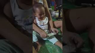 How to make baby laugh