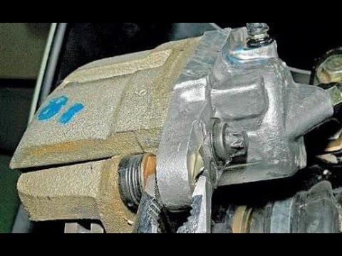 замена передних тормозных колодок на лада гранта