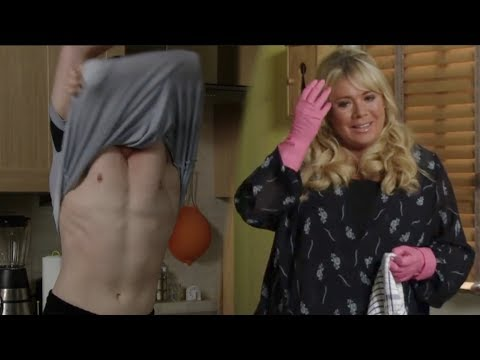 Marrried Sharon Falls For Toyboy Keanu!!!