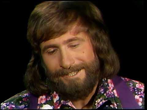American Bandstand 1976- Interview Larry Santos