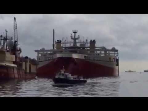 MASSIVE SHIP!