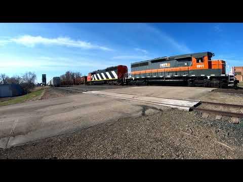 DMVW - Dakota Missouri Valley & Western northbound freight, 4K