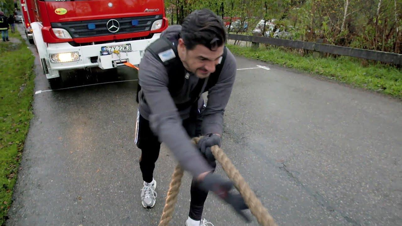 Man Vs Expert: il s'attaque à l'homme le plus fort du monde !