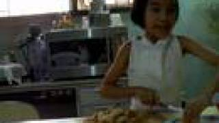 Kiddie Cooking Show/meg - French Toast
