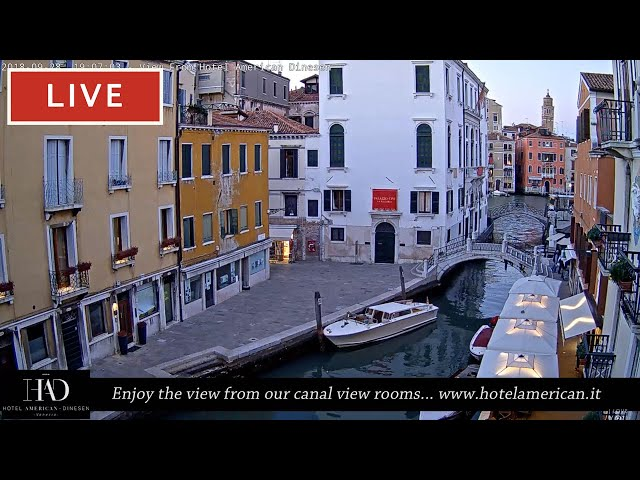 Venice Italy Live Webcam - Dorsoduro in Live Streaming from Hotel American Dinesen - Full HD
