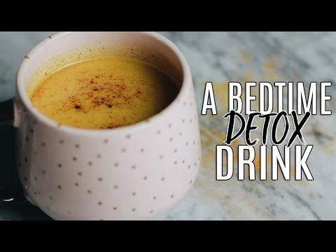 my-golden-milk-recipe:-the-best-bedtime-detox-drink!