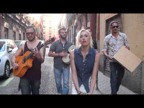 Jenny and the Mexicats - Me n my Man (Callejero)