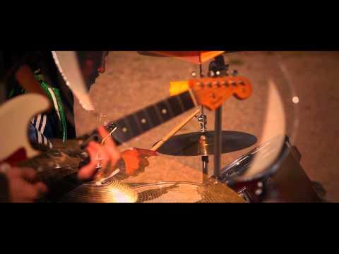 Slag Från Hjärtat feat. Hoosam (HighWon) - Polisman (Official Video)