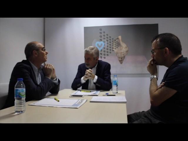 Xesús Palmou e Francisco Jorquera debaten en Sermos sobre o status político do país